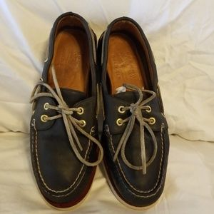 Sperry/gold cup
